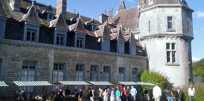 Streekproductenmarkt in het kasteel van Durbuy