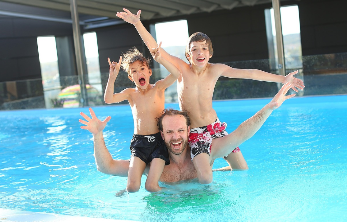 Subtropisch zwembad van Bohon